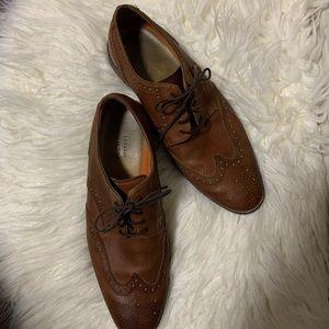 Men's Cole Haan wingtip brown oxford dress shoes